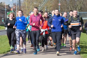 Steve Cram leads a training run with University of Worcester students and staff and the Black Pear Joggers